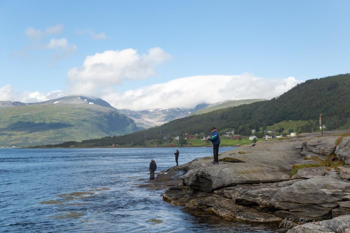 Zdjęcia: Tromso, Północna Norwegia , Wędkarze, NORWEGIA