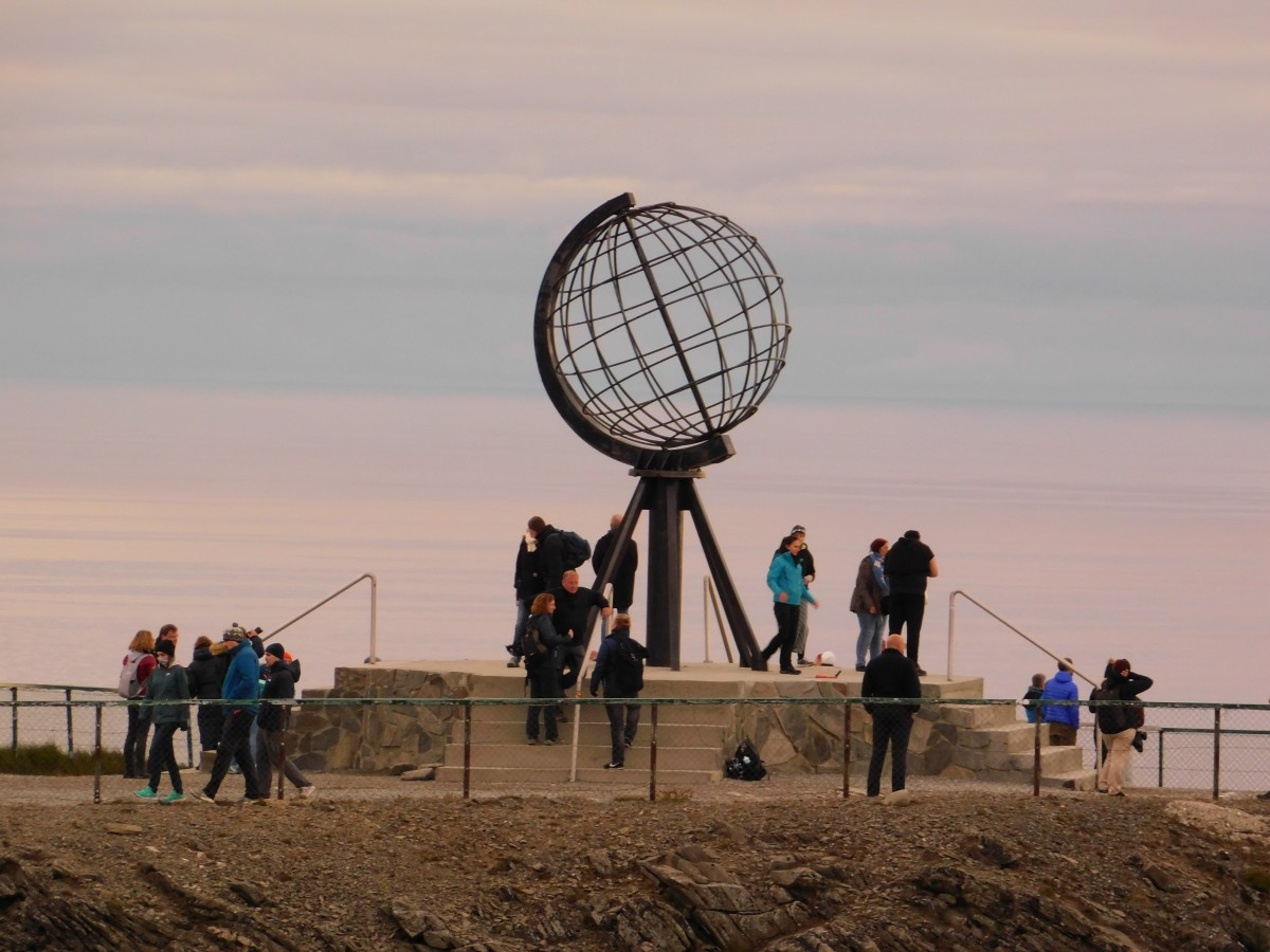Zdjęcia: Utakleiv, lofoty, globus na nordkapp, NORWEGIA