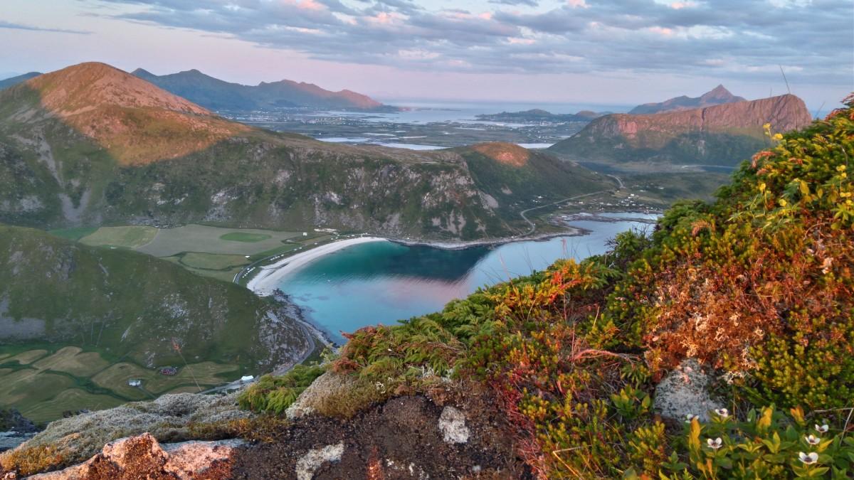 Zdjęcia: gdzieś na szlaku, lofoty, góry i morze , NORWEGIA