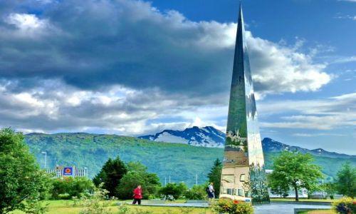 NORWEGIA / Nordland / Narvik / Pomnik wojenny w Narvik