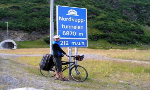 Zdjecie NORWEGIA / Noddkap / droga tuz przed / przed ;)