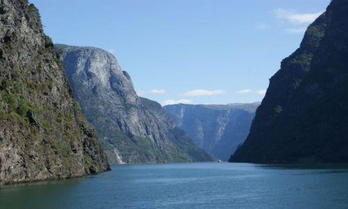 Zdjecie NORWEGIA / Hordaland / Sognefjord / Fiordy Norweskie latem