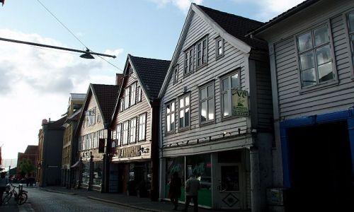 Zdjęcie NORWEGIA / hordaland / Bergen / domy w Bergen