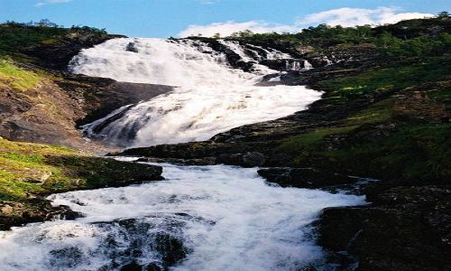 Zdjecie NORWEGIA / brak / okolice FLAM / wodospad