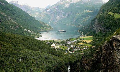 Zdjecie NORWEGIA / - / Fiord Geiranger / Fiord Geiranger