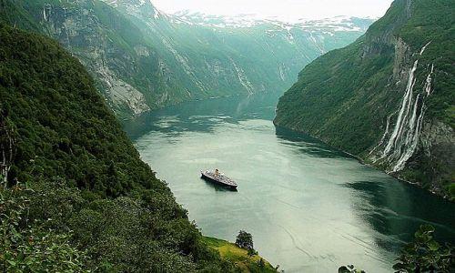 Zdjecie NORWEGIA / - / Norwegia / Fiord Geiranger