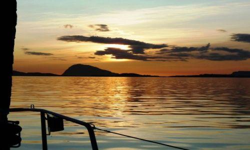 Zdjęcie NORWEGIA / Hordaland / Floro / Zachód na Morzu Norweskim
