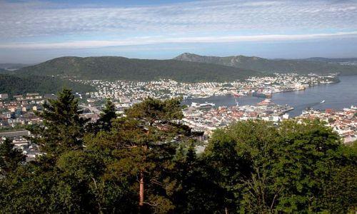 Zdjecie NORWEGIA /  Hordland / Bergen / Patrząc ze szczytu na miasto