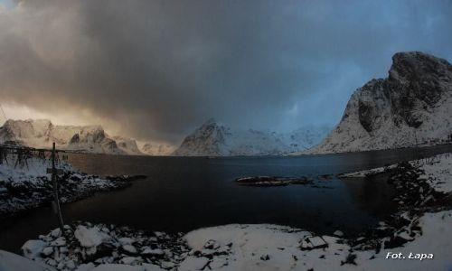 Zdjecie NORWEGIA / Lofoty / Hamnoy / Krajobraz po burzy