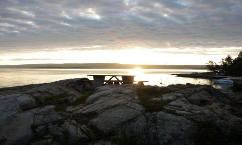 Zdjecie NORWEGIA / gdzies w poblizu Drammen / poranek nad jeziorkiem / wstawaj, szkoda dnia!