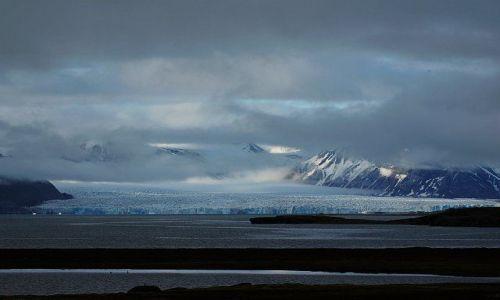 Zdjecie NORWEGIA / Spitsbergen / Ny Alesund / Lodowiecowe oczarowanie