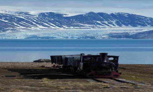 Zdjecie NORWEGIA / Spitsbergen / Ny Alesund / Co tam Włoszczowa ...