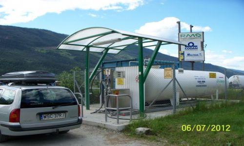 NORWEGIA / - / Ringebu / Tankowanie gazu lpg
