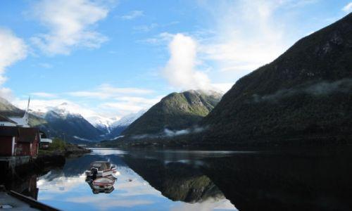 Zdjecie NORWEGIA / Sogndal / Fjaerland / Lustro