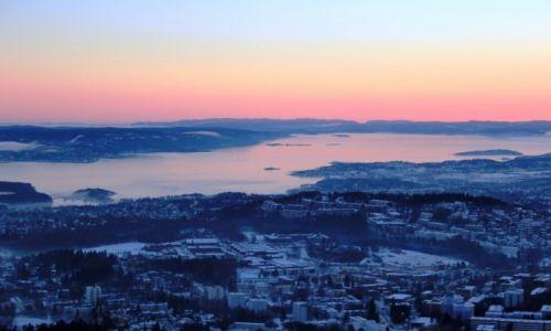 Zdjecie NORWEGIA / Oslo / Oslo  / Po zachodze