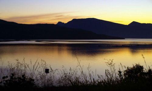 Zdjecie NORWEGIA / północna Norwegia / Mo i Rana / Noc prawie