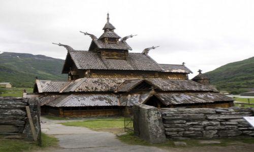 Zdjecie NORWEGIA / środkowa Norwegia / środkowa Norwegia / Niezwykły kościół