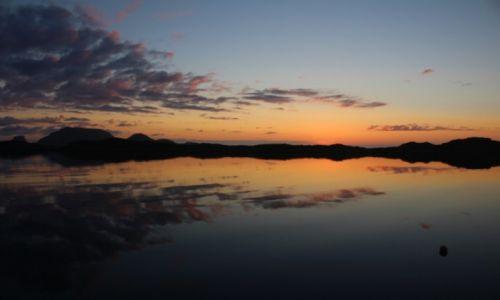 Zdjęcie NORWEGIA / Finnmark / Gjesvaer / zachód