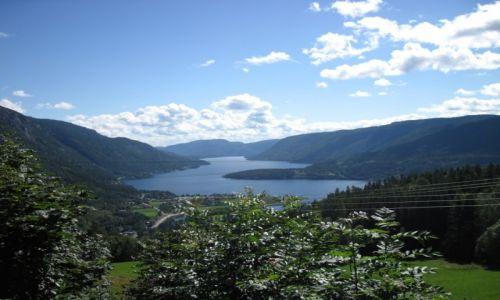Zdjecie NORWEGIA / Telemark / Seljord / Norwegia 2013 - Seljord - widok ze zbocza góry Skorve na jezioro