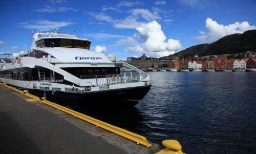 Zdjęcie NORWEGIA / Bergen / Targ rybny / Kierunek fiordy