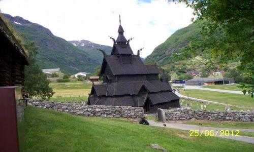 NORWEGIA / - / Borgund / Stavkyrkje w BBorgund
