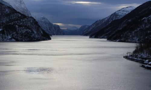 Zdjęcie NORWEGIA / Hordaland / Hordaland / Fiord