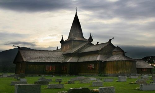 Zdjęcie NORWEGIA / Oppland / Lom / Lom Stavkyrkje