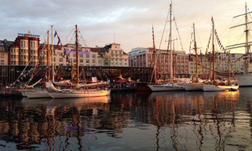 Zdjęcie NORWEGIA / Hordaland / Bergen / Bergen port