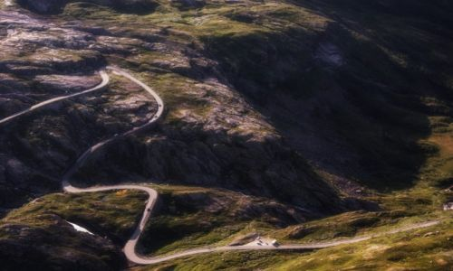Zdjecie NORWEGIA / Joutenheim / Geiranger / Kręte drogi Norwegii