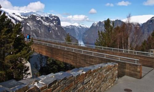 Zdjecie NORWEGIA / Sogn og Fjordane / Aurland / Aurlandsfjord