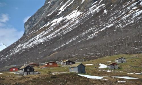 Zdjecie NORWEGIA / Sogn og Fjordane / Oppstryn / wiosna...