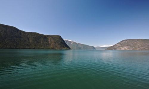 Zdjecie NORWEGIA / Sogn og Fjordane / Nærøyfjorden / Nærøy