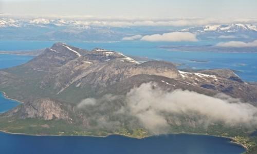 NORWEGIA / Nordland / Narvik / Lofoty z samolotu