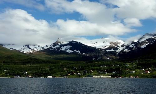 Zdjecie NORWEGIA / P�nocny zach�d Norwegii / wyspa Meloy / Norweskie widok