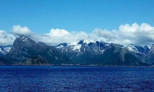 NORWEGIA / P�nocny zach�d Norwegii / wyspa Meloy / Norweskie widoki