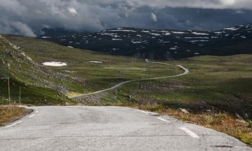 Zdjecie NORWEGIA / p�n. Norwegia / �nie�na droga / Snovegen