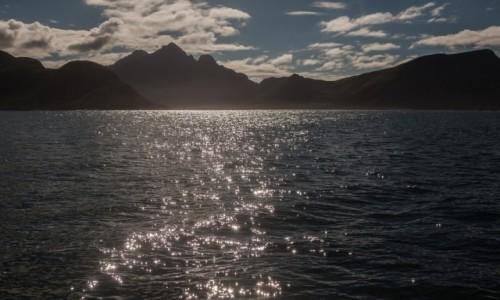 Zdjęcie NORWEGIA / płn. Norwegia / Lofoty / Lofoty z wody...