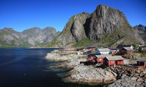 Zdjecie NORWEGIA / Lofoty / Hamnøy / Rorbu w Hamn&#2