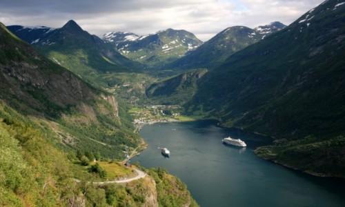 Zdjecie NORWEGIA / Møre og Romsdal / Geirangerfjord / Kr�l fiord�w