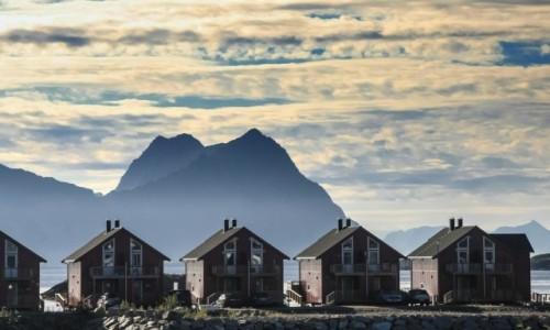 Zdjecie NORWEGIA / płn. Norwegia / Lofoty / Pod linijkę...