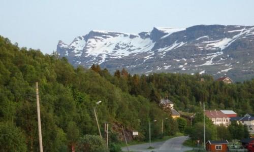 NORWEGIA / droga 825 / przed Lofotami / Wjazd do Grovfjord