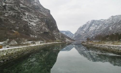 Zdjecie NORWEGIA / - / Gudvangen / Nærøyfjorden