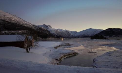 Zdjecie NORWEGIA / Tromso / Dragvik / poranek