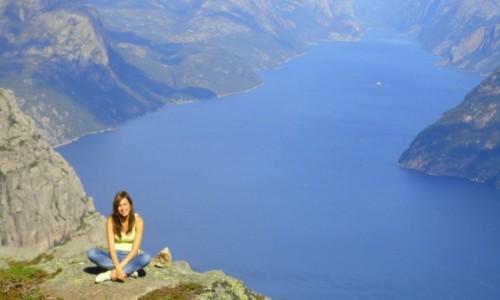 Zdjęcie NORWEGIA / Lysefjord / Preikestolen / Norway Preikestolen :)