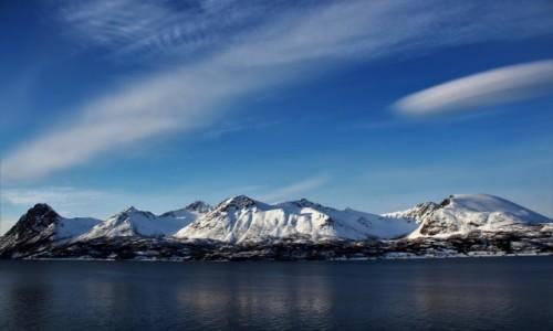 Zdjecie NORWEGIA / Tromso / Stornes / z widokiem na góry