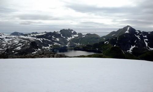 NORWEGIA / Lofoty / Szczyt Munken, Wyspa Moskenesoya / Z przewagą śniegu