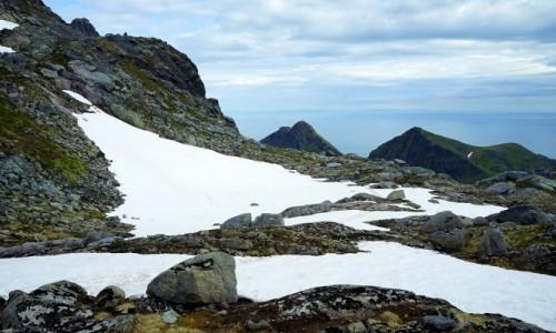 Zdjęcie NORWEGIA / Lofoty /  Wyspa Moskenesoy / W drodze na Munken