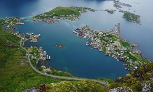 Zdjęcie NORWEGIA / Lofoty / Wyspa Moskenesøya / Z wyspy na wyspę