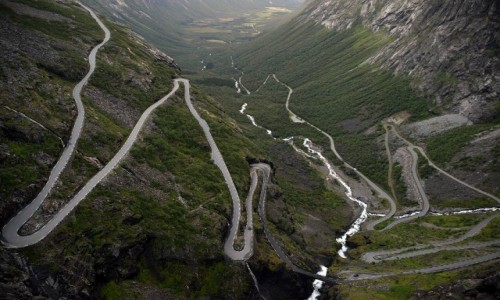 Zdjęcie NORWEGIA / More og Romsdal / Trollstigen / Droga Trolli - Trollstigen
