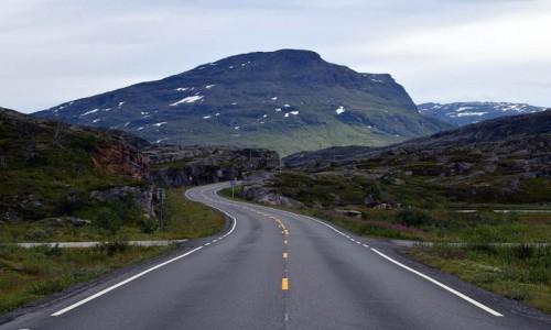 Zdjecie NORWEGIA / Troms / granica szwedzka w okolicy Narviku / Lapońskie góry